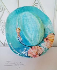Hand Painted Seashell Hats Hanpainted Hat Seashell Sunhats Thoughtful Gifts For Her, Handmade Gifts For Her, Unique Gifts For Her, Painted Hats, Painted Clothes, Hand Painted, Beach Themed Crafts, Luxury Gifts For Her, Hat Decoration