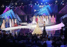 Una Noche Tan Linda como esta  Mariam Habach se convirtio en Miss Venezuela 2015, hoy llega a su ultimo dia y a su Despedida, como Miss Venezuela, ahora tendra Much mas tiempo para entrenarse para luchar por la Corona Universal by Antoni Azocar