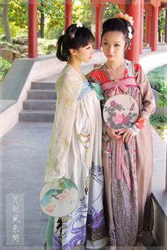 chinese hanfu Chinese Kimono, Oriental Dress, Costumes Around The World, Chinese Style, Traditional Chinese, Chinese Art, Chinese Clothing, Historical Costume, Chinese Culture