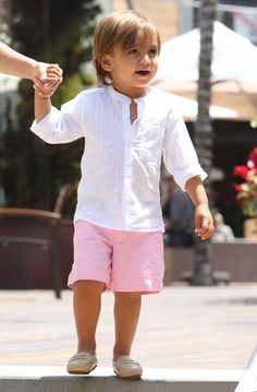Real boys wear pink ;)