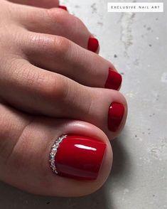 Pretty Toe Nails, Cute Toe Nails, Fancy Nails, Gold Nails, Pedicure Designs, Pedicure Nail Art, Toe Nail Designs, Nail Manicure, Gel Toe Nails
