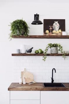 White tiles and wood shelves in the barn at The Bower, Byron Bay (luxury boutique design hotel). Interior Exterior, Kitchen Interior, Kitchen Decor, Kitchen Plants, Kitchen Ideas, Byron Bay Beach, Timber Shelves, Beach House Decor, Home Decor
