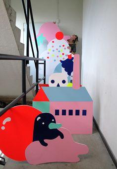 Collabs - Sue Doeksen (via Cat) Retro Graphic Design, Graphic Design Inspiration, Exhibition Display, Layout Design, Set Design, Handmade Design, Retail Design, Visual Merchandising, Cute Art