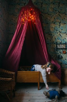 Wonderful idea by AnnaCate: adding fairy lights to the kids' canopy. This color combination is also gorgeous. Warm, saturated colors create a friendly and cozy space. Kids Room, Bedroom Kids, Space Toys, Nursery Wall Decor, Kids Canopy, Beautiful Space, Small Spaces, Home And Family, Toddler Bed