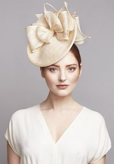 Royal Milliner Rachel Trevor-Morgan offers a couture bespoke service for occasion hats and headdress. Millinery Hats, Fascinator Hats, Fascinators, Headpieces, Rachel Trevor Morgan, Royal Ascot Hats, Occasion Hats, Types Of Hats, Kentucky Derby Hats