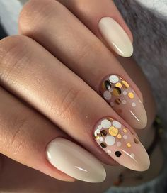 Cute nails, Ideas of gentle nails, Manicure 2018, Nail sequins, Nails ideas 2018, Nude nails, Oval nails, Party nails ideas