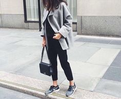 Casual-sporty look.