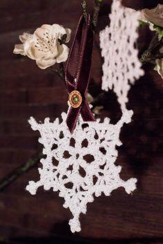 Decoración Árbol de Navidad. Copos de nieve a crochet. Hilo de  Algodón Blanco Glace. Ornamentación de PmpPetriMontes en Etsy