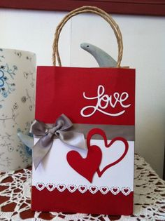 Bolsa Amor, febrero 2012.