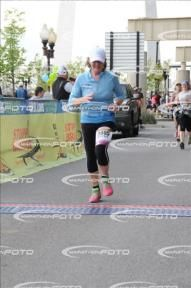 MarathonFoto - Go! St Louis Marathon 2017 - My Photos: KATHY DELANEY