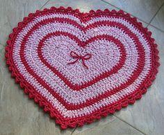 Tapete Coração de Crochet com Fio de Malha ou Trapilhos (Crochet Rag Rug)