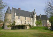 chateau de genille