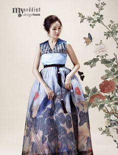 한복 Hanbok : Korean traditional clothes[dress] | #ModernHanbok// definitely need it with sleeves  ;)