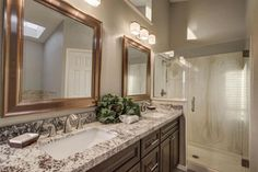 Traditional Master Bathroom With Double Sink Avanity Thompson 60