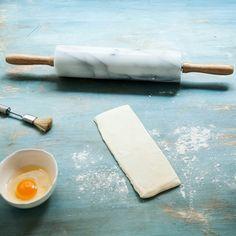 Dica para quem gosta de massa folhada: compre pronta e prepare uma das receitas (uma mais deliciosa do que a outra!)