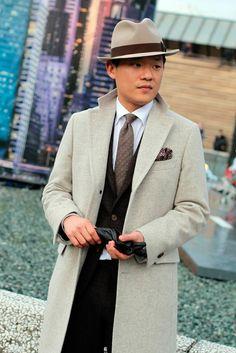 Pitti Uomo 87 #PittiUomo #87 #Italy #menswear #fashion #formal #hat