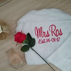 personalised bride robe, personalised wedding robes, bride white waffle robe, Wedding Gift for Bride, getting ready robes wedding