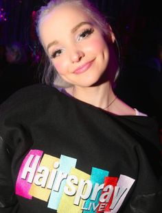 Here one girl in world who I want to give a big hug too Dove cameron ☺️