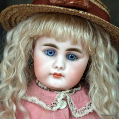 "Simon Halbig 949 Closed Mouth Child Doll ~16"""