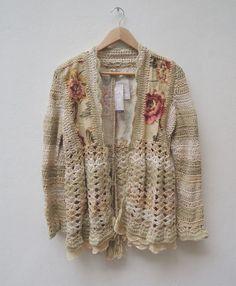 Crochet and fabric Crochet Jumper, Crochet Coat, Love Crochet, Irish Crochet, Crochet Clothes, Crochet Lace, Crochet Vintage, Crochet Blocks, Knit Patterns