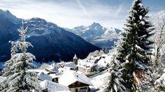 Gryon, Switzerland #villars #gryon Switzerland Christmas, What Dreams May Come, European Destination, Mountain Resort, Nice View, Vacation Spots, Natural Beauty, Skiing, Landscapes