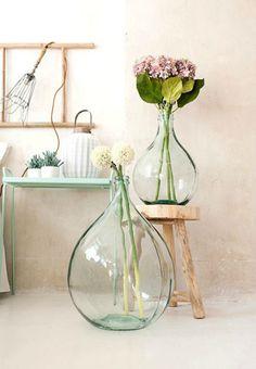 Decoración minimalista vegetal, delicadeza hecha arte.