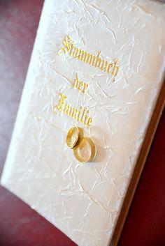 Autorisierter Fotograf des Standesamtes in Baden-Baden.Buchen Sie Ihre Hochzeit 2015 : Hochzeiten im Standesamt Baden-Baden am 25.10.2014...