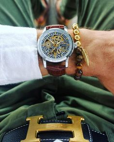 Go for gold this weekend. #vodrich Timepiece: Da Vinci ($75)Bracelet: Tiger Eye Bracelet ($27)