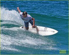 Simon Baker  surfing