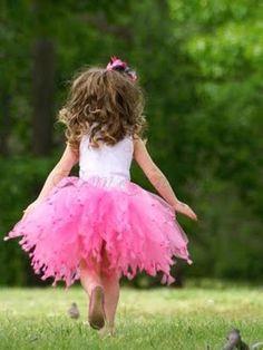 Tutu instead of a flower-girl dress!!!! Priceless!! (0: