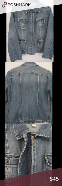 "Talbots Military Zip-Up Denim Stretch Jean Jacket Excellent condition, no stains or damage.   Vintage jean look. Zip up- this is unique for a denim jacket and makes it easier to close. 4 pockets w/ buttons slits on bottom sides of sleeves 98% cotton 2% spandex Machine wash cold Tag says size 4 but it fits me as a size 2, just not as snug as it would fit a size 4.  shoulder to bottom= 20.25"" width across middle=16"" width across bottom= 17.5"" sleeve length= 22"" sleeve width= 5.25"" zipper top…"