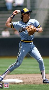 Robin Yount - Milwaukee Brewers  When he played shortstop - LOVE HIM
