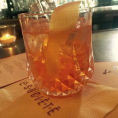 Summer Negroni Cocktail at La Societe in Toronto. La Societe is a gorgeous patio on Bloor Street in Yorkville. Toronto, Hanging Out, Wine Glass, Cocktails, Cool Stuff, Tableware, Restaurants, Patio, Street