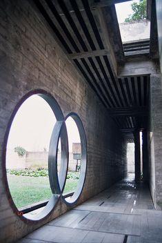 Unbelievable Modern Architecture Designs – My Life Spot Modern Architecture Design, Futuristic Architecture, Amazing Architecture, Interior Architecture, Carlo Scarpa, 3 Storey House Design, Smart Home Design, Through The Window, Brutalist