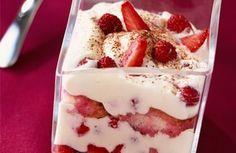Philadelphia - Home page Strawberry Tiramisu, Strawberry Desserts, Philadelphia Recipes, Biscuits, No Bake Desserts, Cheesecake, Pudding, Baking, Fruit
