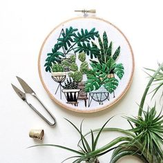 An independent maker living and working in Upstate New York, @SarahKBenning focuses on contemporary and stylishly designed embroidery on paper and cloth and meticulously hand crafts each piece, ensuring top quality and all the perks and quirks of handmade
