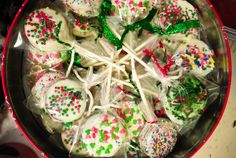 Oreo pops... could be really cute for any holiday, teacher gift, special occassion, just change your spinkles!!