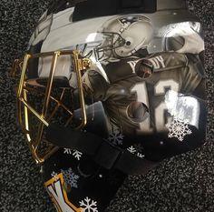 See it: Bruins unveil Tuukka Rask's Winter Classic mask New England Patriots Football, Patriots Fans, Bruins Hockey, Hockey Goalie, Hockey Room, Go Pats, Goalie Mask, Boston Sports, Olympic Sports