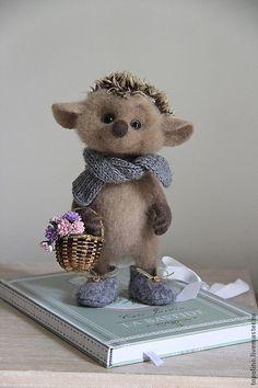 Купить Ёжик Сава - коричневый, Ёжик, ёж, ёжики, валяная игрушка, милая игрушка