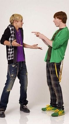 Ross Lynch And Calum Worthy Ralum Coss In The show Call Austin And Ally