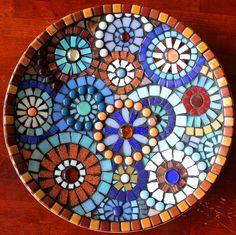 Butterfly Mosaic, Mosaic Birds, Mosaic Wall Art, Mirror Mosaic, Mosaic Diy, Mosaic Crafts, Mosaic Projects, Stained Glass Projects, Mosaic Glass