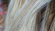 Recupere seu cabelo de maneira simples e caseira! - Aprenda a preparar essa maravilhosa receita de Tratamento de choque caseiro para cabelos danificados
