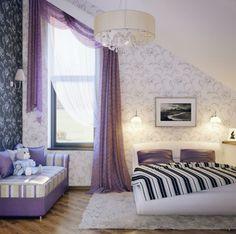 intérieur élégant avec rideaux occultants de couleur violet, chambre à coucher