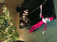 Elf On The Shelf went zip lining from the floor lamp to the tree. He also brought the Elf On The Shelf movie and left it in the tree! Christmas Time Is Here, Christmas Stuff, Christmas Holidays, Christmas Ideas, Wlf On The Shelf, Pictures Of Elves, Awesome Elf On The Shelf Ideas, Holiday Crafts, Holiday Decor