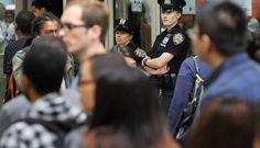 Nueva York refuerza la seguridad en cines donde se exhibe Batman tras tiroteo - Nueva York seguridad en cines, exhibe Batman tras tiroteo