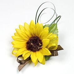 how to make a sunflower boutonniere - Google Search Chris likes the curl (small enough sunflower that it's balanced but add some purple and blue and potentially baby's breath)