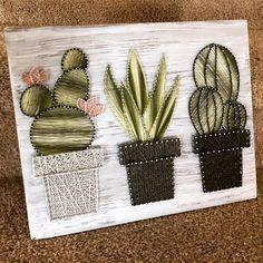 Cactus garden string art suculent string srt home decor Rustic Wall Art, Rustic Walls, Diy Wall Art, Diy Art, Rustic Decor, Farmhouse Decor, Decoration Cactus, Cactus Craft, String Art Diy