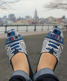 I want these soooooooo BAD!!!Handpainted R2-D2 TOMS Shoes Are Made To Order