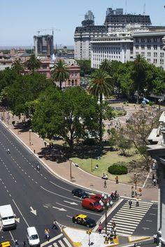 Plaza De Mayo,Buenos Aires, Argentina. Hoteles en Buenos Aires. Capital Federal. Turismo en Buenos Aires.