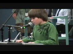 """Sam Nelson performs John Lennon's """"Imagine"""" at school assembly.wmv - YouTube"""